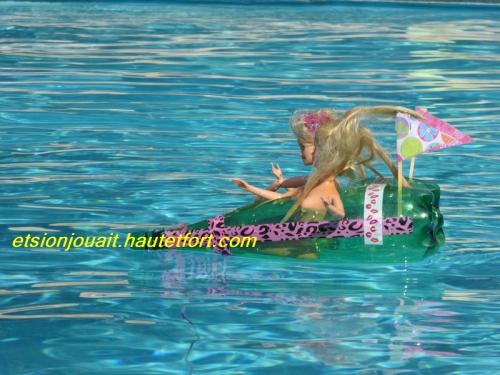bateau barbie.jpg