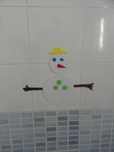 bonhomme de neige en mousse.jpg